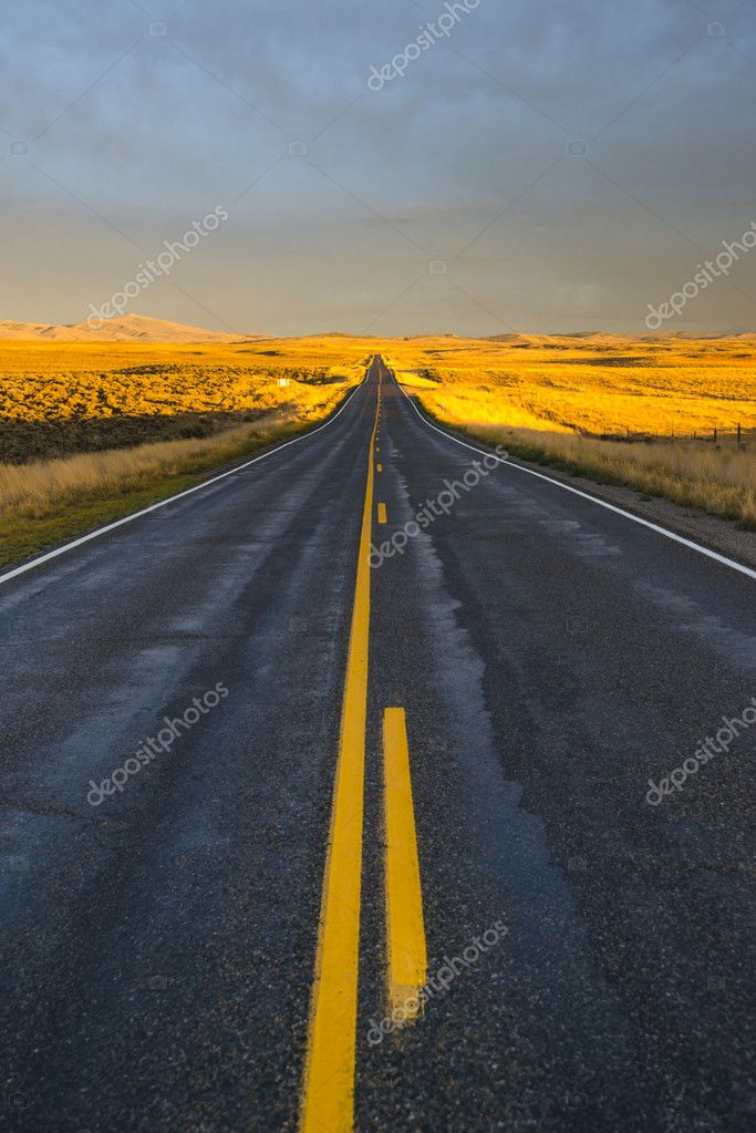 Long Highway in the desert to the mountains