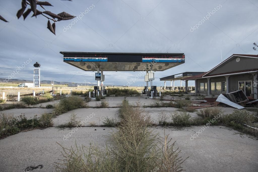 Abandoned Gas Station In Utah Stock Photo C Mkolesnikov 26291607