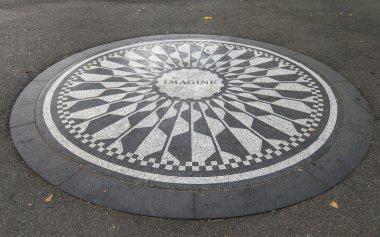 Imagine Sign in New York Central Park, Jhon Lenon Memorial