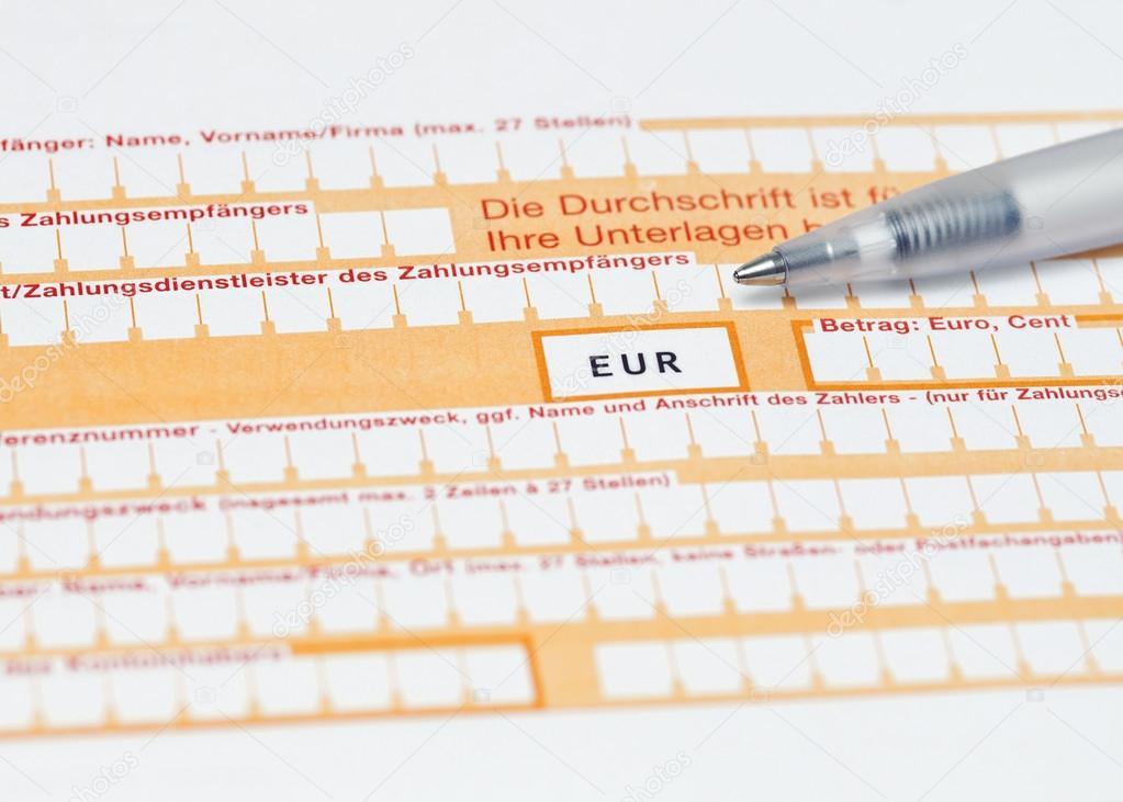 standarddeutsch banking Überweisungsformular ausfüllen — Stockfoto ...