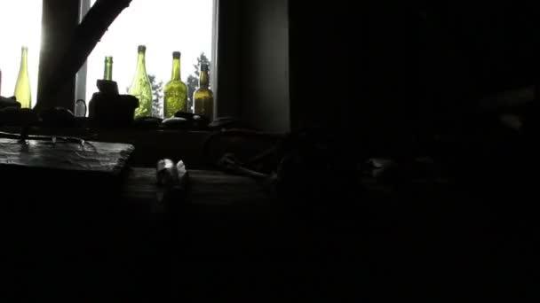 tizenhat színes üveg fektetni az ablak