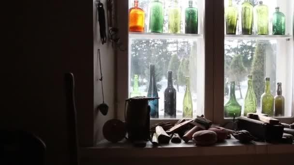 spousta tesařských nástrojů zobrazen v okně