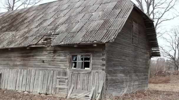 starý dům s dřevěné šindele