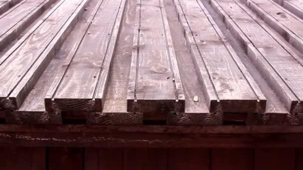 dřevěné šindelové střechy z hradu