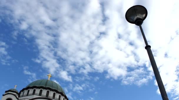 pouliční lampa s cloudscape