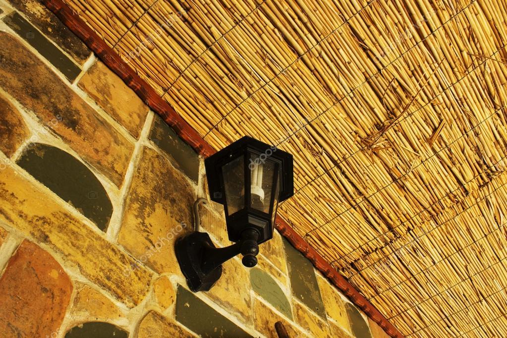 Vintage Lampe Auf Steinwand U2014 Stockfoto