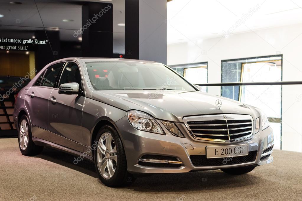 New model Mercedes-Benz E 200 CGI