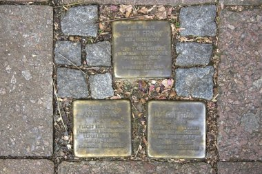 Stolperstein that recalls Anne, Margot and Edith Frank
