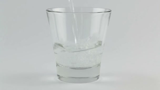 sklenici vody