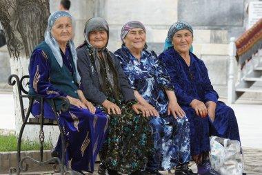 Old Usbek women, Samarkand, Uzbekistan