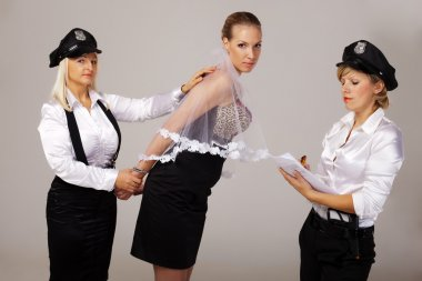 Ideas for hen party: take fiancée under arrest
