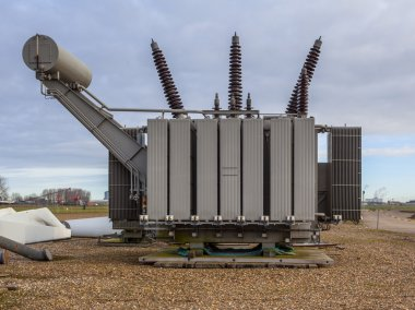 Transformation Unit for High Voltage Electricity