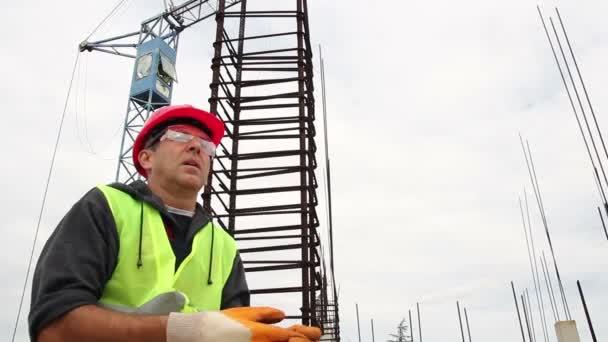 Bauarbeiter auf Kurzurlaub