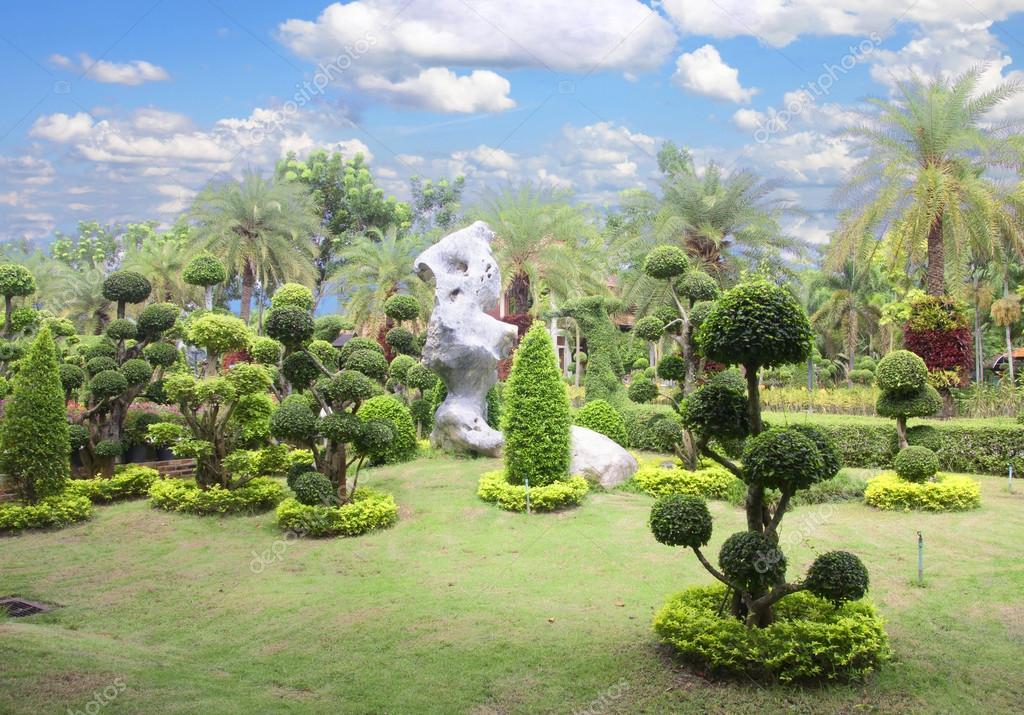 bonsai baum garten stockfoto scenery1 48955079. Black Bedroom Furniture Sets. Home Design Ideas