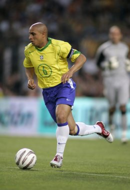 Brazilian player Roberto Carlos
