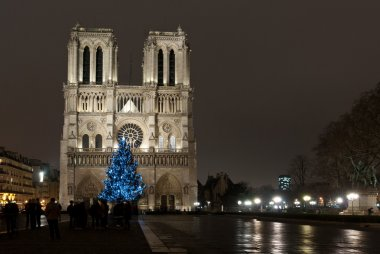 Notre-Dame cathedral on Christmas