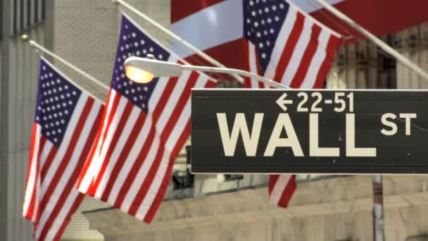 utcanévtábla  amerikai zászló a wall street, new york city, Amerikai Egyesült Államok