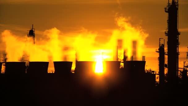 Oil Refinery Environmental Pollution