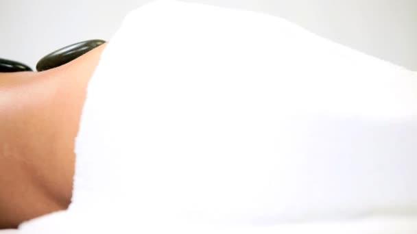 etnické lázeňské klient relaxační s horké kamenné terapie
