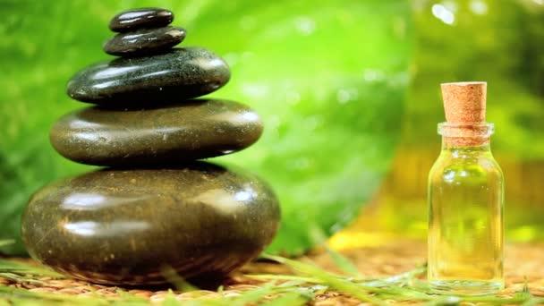 Vyvážené kameny  aromaterapeutické oleje