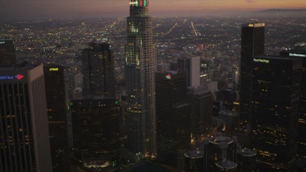 Légi városra alkonyatkor a downtown Los Angeles, Amerikai Egyesült Államok