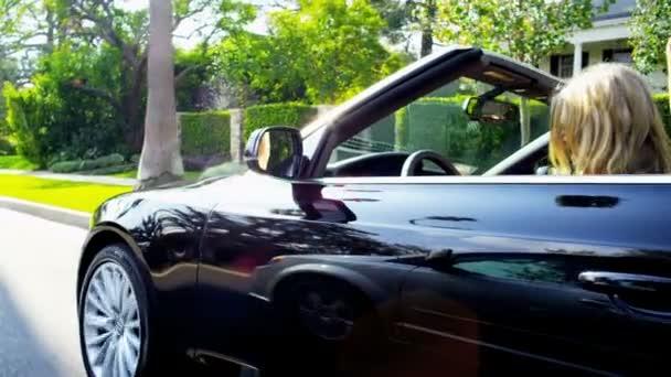 holky jízdy luxusní domy California