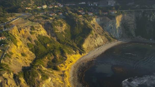 Letecký pohled na luxusu navržen real estate, usa