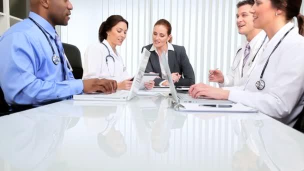 Hospital Boardroom Consultants Meeting — Stock Video © Spotmatik #23717173