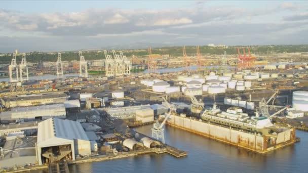 Letecký pohled na centrum mrakodrapy seattle kontejner port