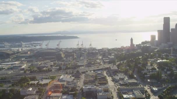 Letecký pohled na centru Seattlu obchodních center, usa