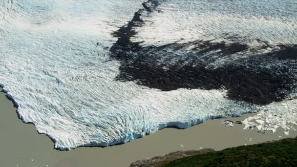 gleccser jég polc súlyosan szennyezett