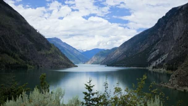 Horské jezero Rocky Mountains