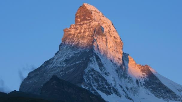 Sun rise on Matterhorn Peak