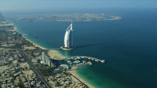 Aerial view Burj Al Arab, Jumeirah Beach Hotel Dubai