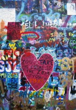 Graffitti heart on the wall - background