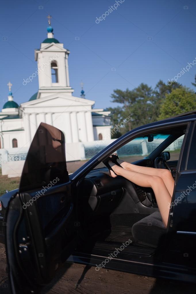 jambes de femme sexy en voiture photographie tosher 37087531. Black Bedroom Furniture Sets. Home Design Ideas