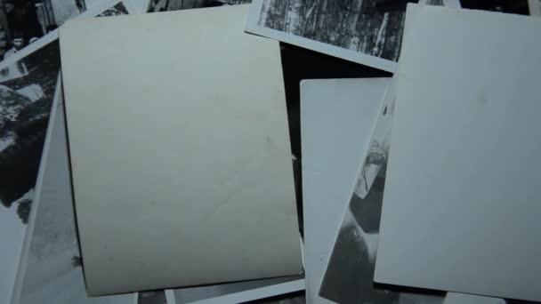zásobník starých fotografií