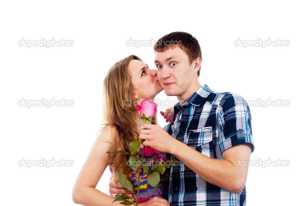Целует иласкает старуху