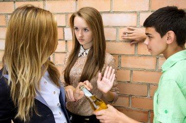 The girl says no to smoking