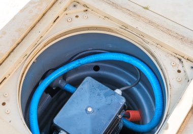 Maintenance of the pumping system of a pool