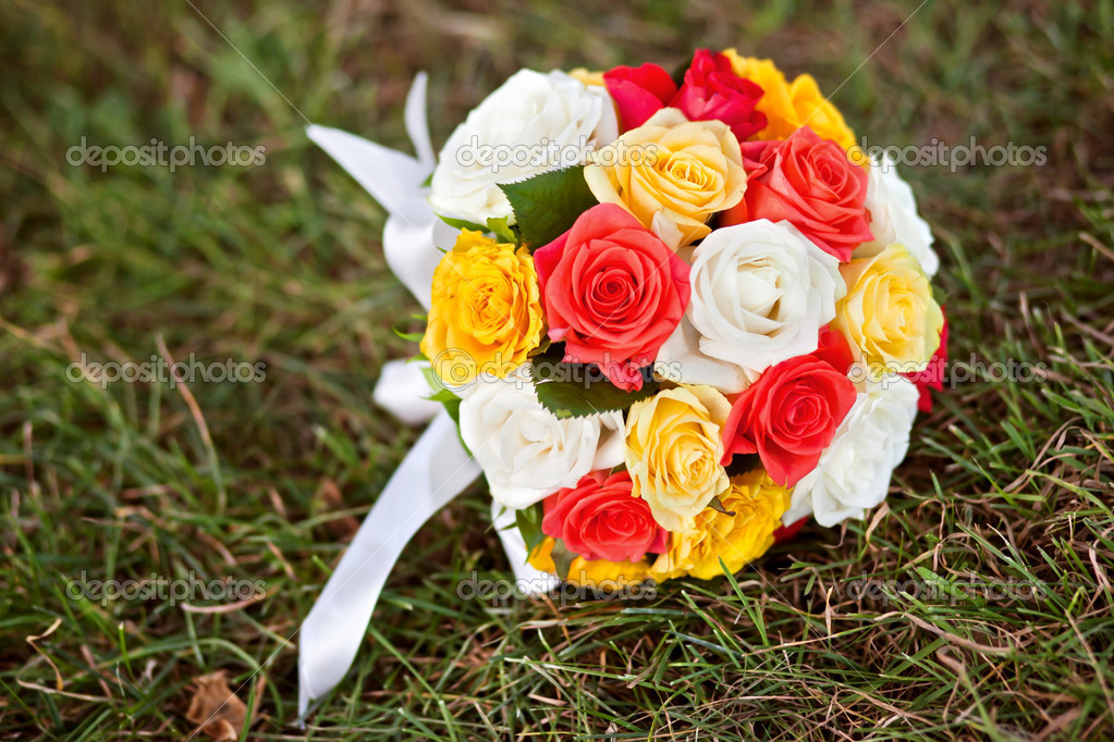 Wedding Flowers Wedding Bouquet Of Yellow And White Roses And
