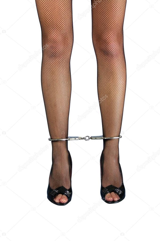 ноги в кандалах фото