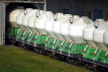 wagons waiting in limekiln