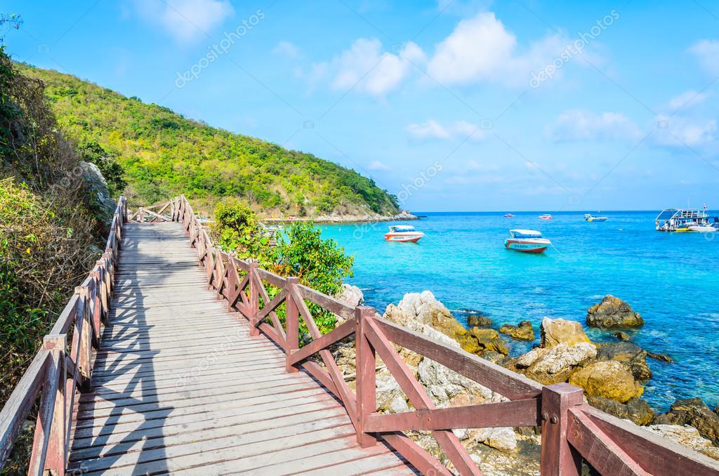 Koh larn beach island at Pattaya