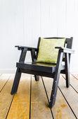 dřevěné židle nábytek
