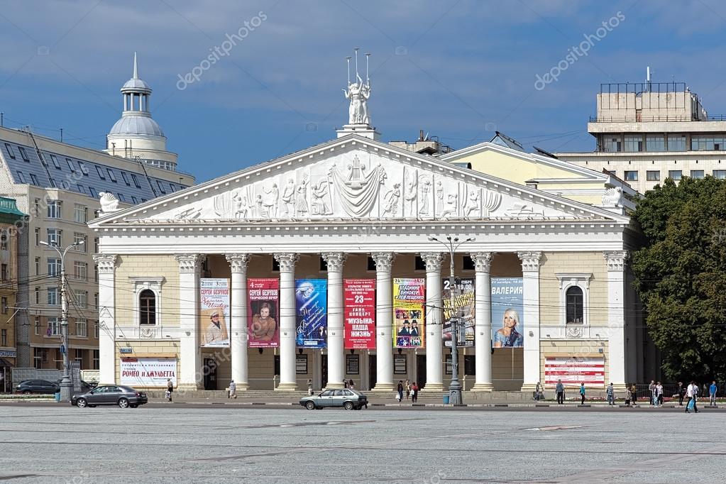 ヴォロネジ、ロシアのオペラ ・ ...