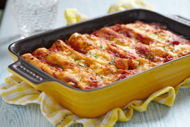 Cannelloni with meat