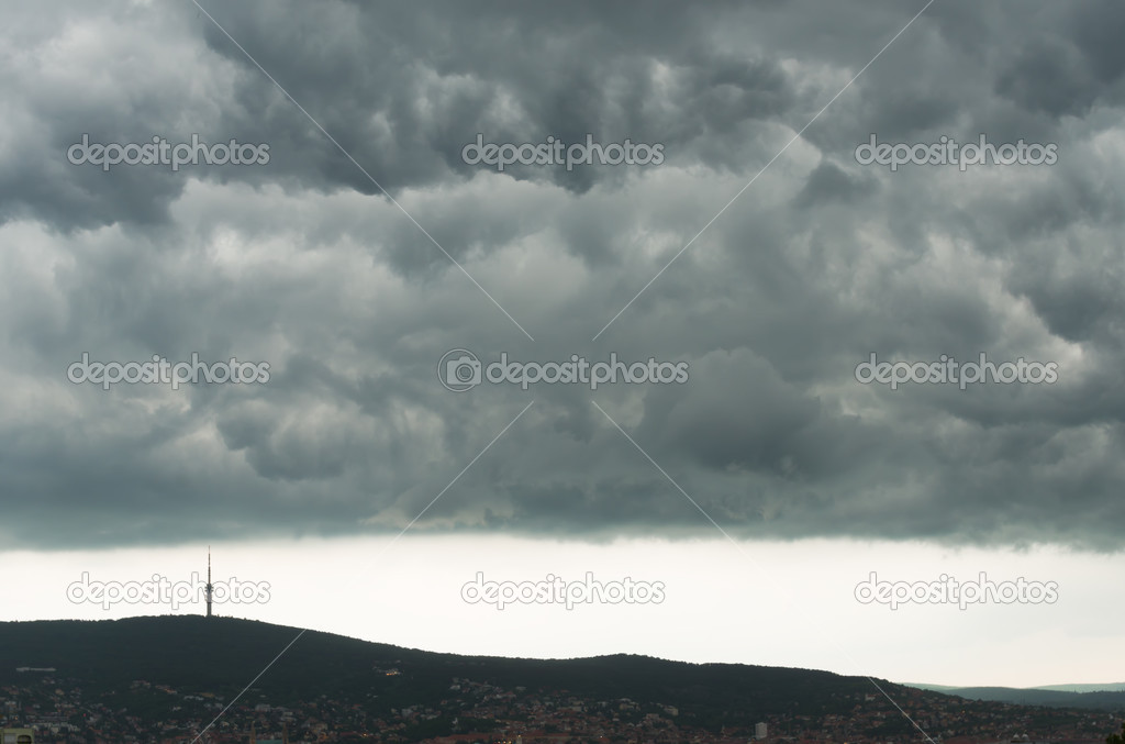 Gray clouds in the mountains