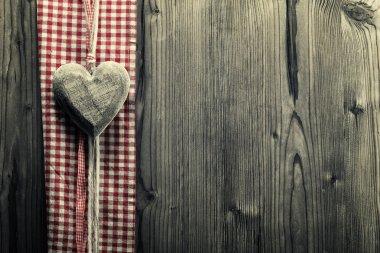 Big heart wood - on plaid fabric