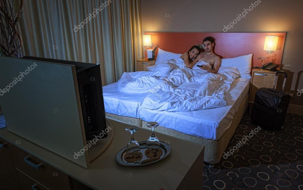 Жена в отеле фото вас